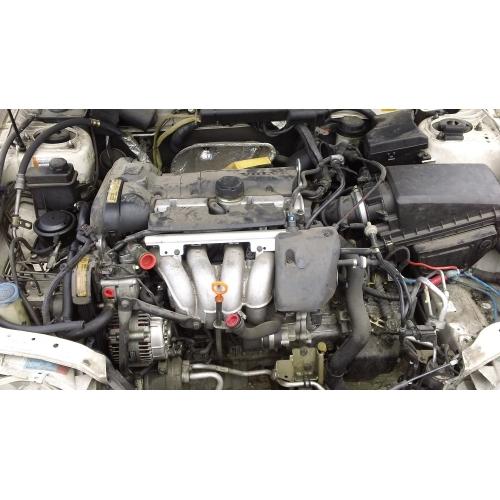 2001 Volvo V70 Transmission: White With Gray Interior, 4