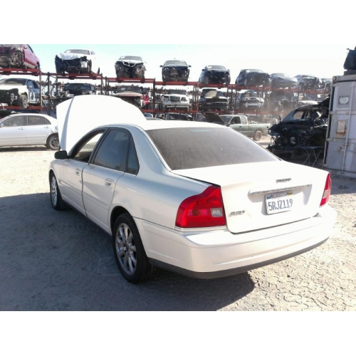 2004 Volvo S80 Transmission: White With Tan Interior, 5