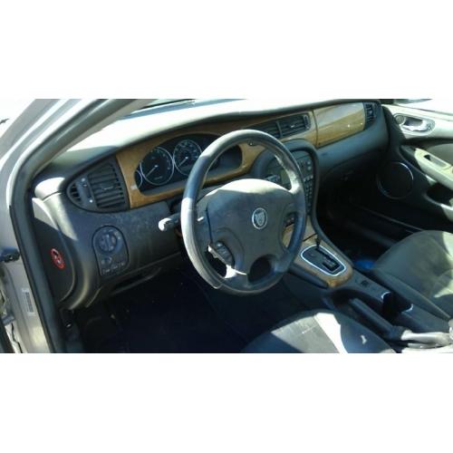 2003 Jaguar X Type Interior